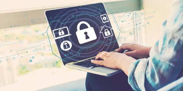 Hoe zorg ik ervoor dat mijn medewerkers geen malware downloaden?